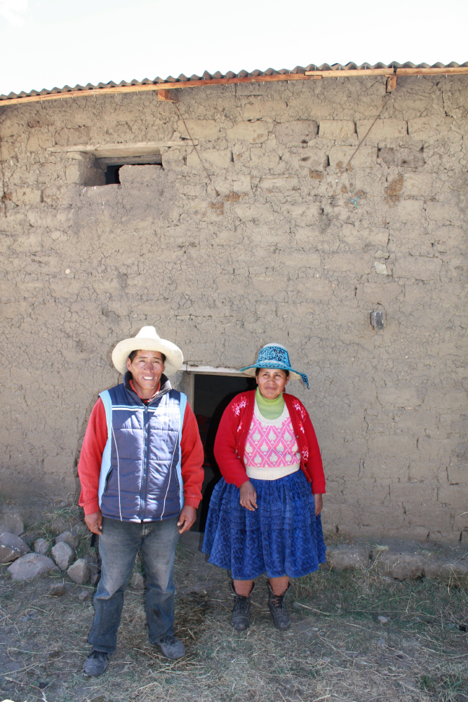 Luis' parents
